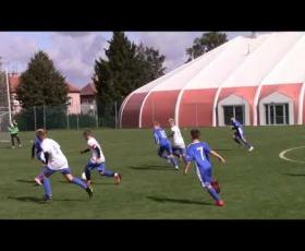Embedded thumbnail for Sestřih vybraných momentů z utkání mladších žáků Žijeme Hrou U13 (srpen - září 2019)