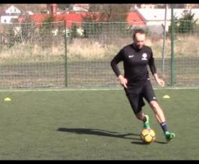 Embedded thumbnail for Základní způsoby vedení míče levou a pravou nohou